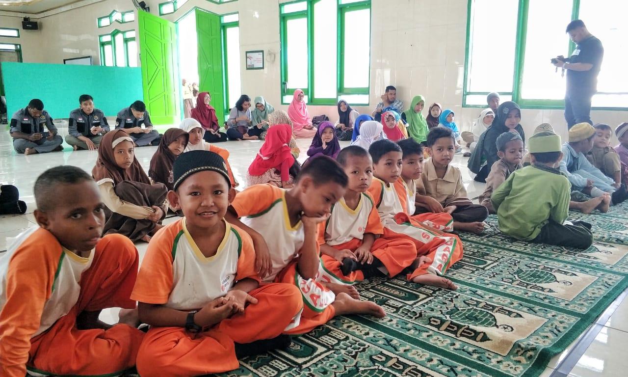 Relawan LindungiHutan Jayapura Ajak Sayangi Lingkungan