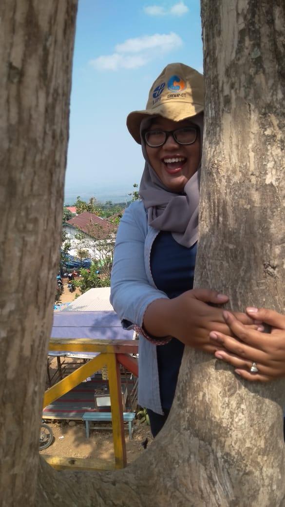 Yuk Mulai Peluk Pohonmu!