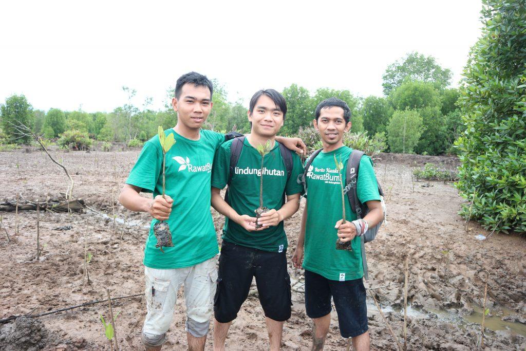 Relawan Kegiatan #RawatBumi