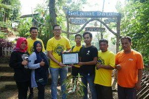 PLN Tanam 200 Pohon untuk Curug Gondoriyo Semarang