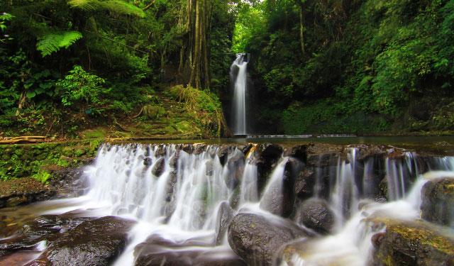 Air terjun atau curug yang jarang terjamah manusia di Gunung Ciremai