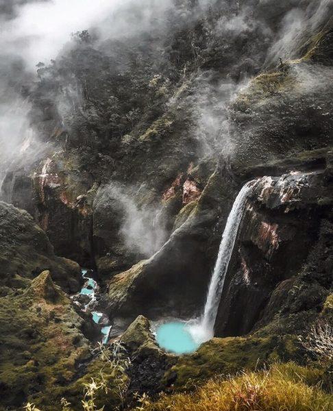 Wisata Air Terjun di Indonesia yang Banyak Spotfoto