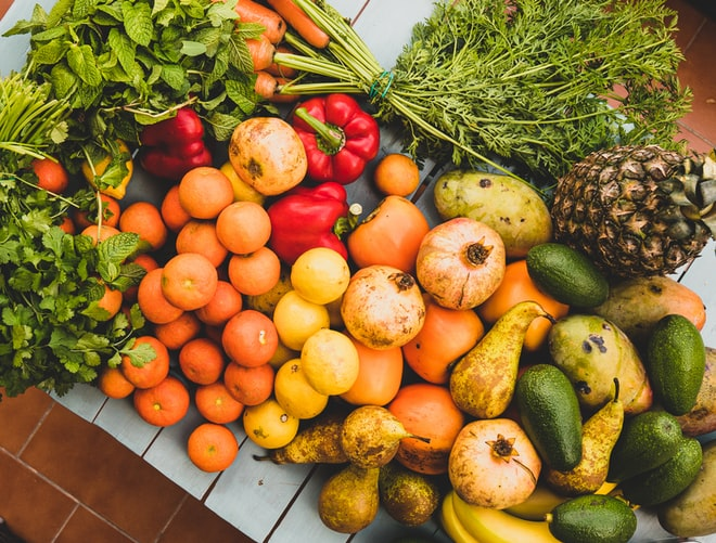 Gambar 5. Buah-buahan. Sumber: unsplash.com