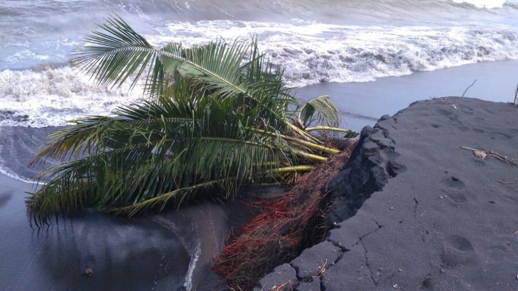 Abrasi pantai © rri.co.id