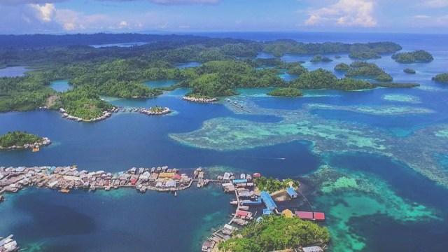 Gambar 2. Gugusan pulau di TN Togean © Kumparan.com