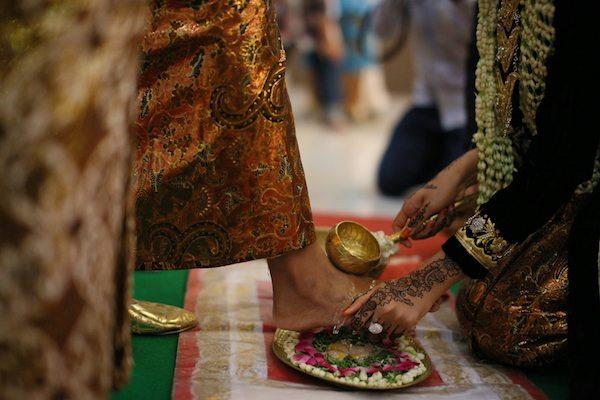 Gambar 3. Prosesi pernikahan adat Jawa