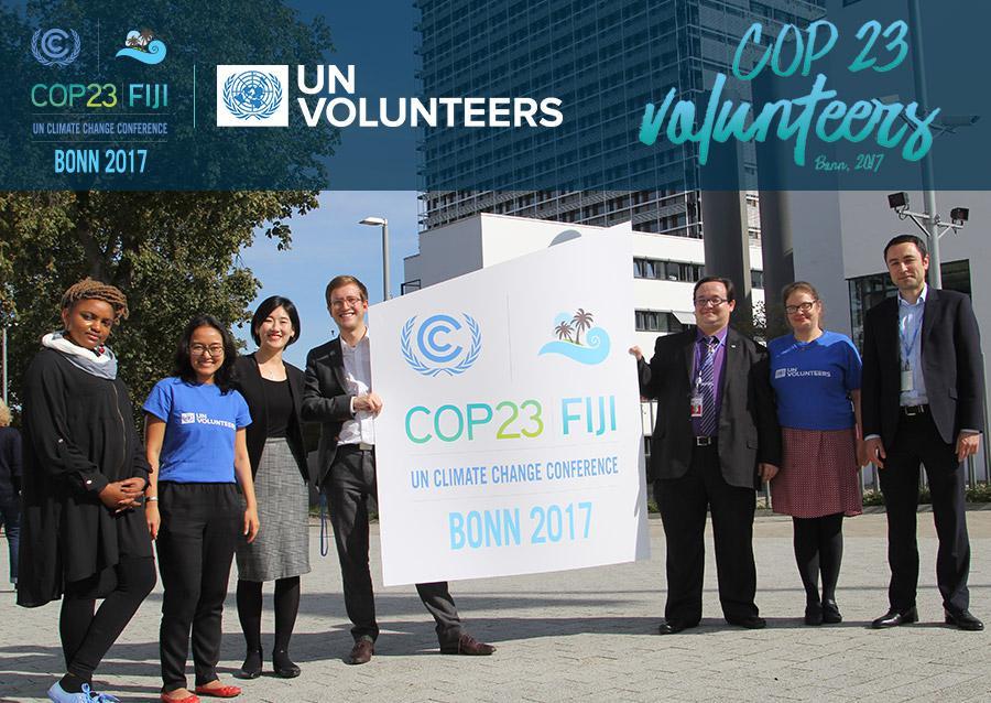 Gambar 1. UN Volunteers