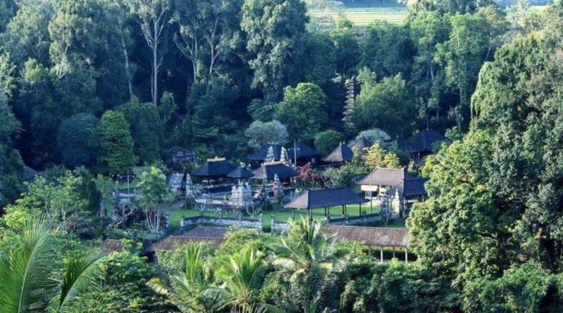 Gambar 1. . View of Pura Luhur Besi Kalung ©infowisata.tabanankab.go.id