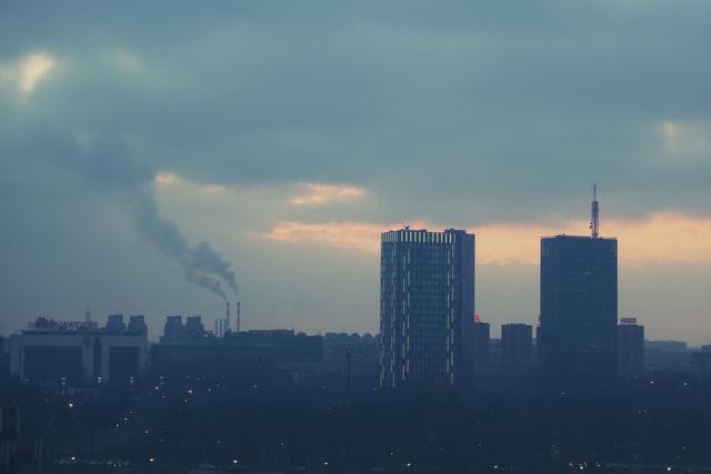 Polusi Udara Dalam Ruang: Contoh Sumber Polusi