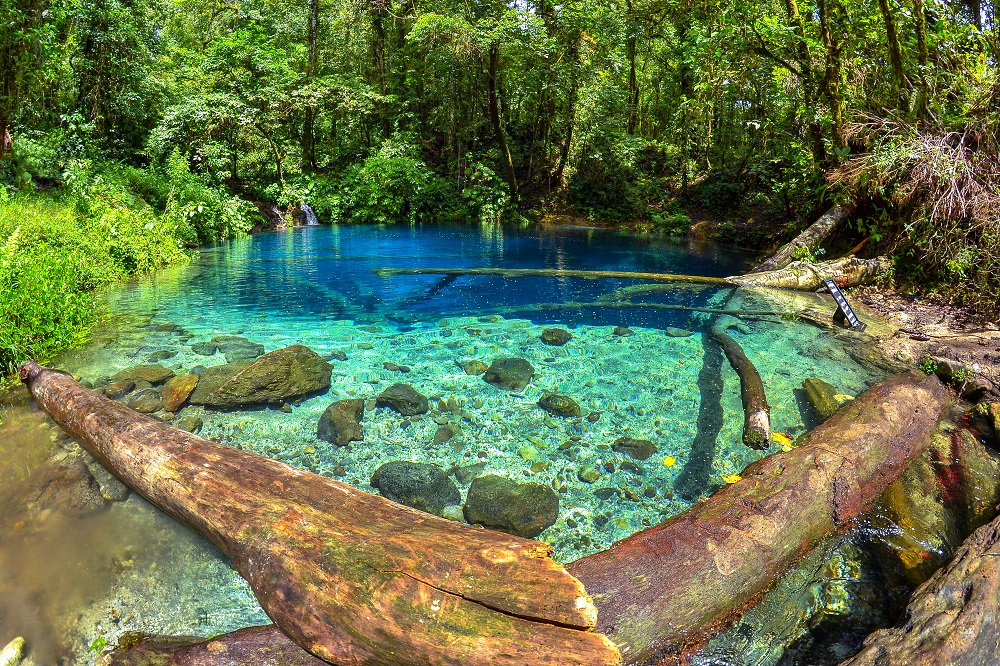 Gambar 1. Kejernihan Air Danau Kaco