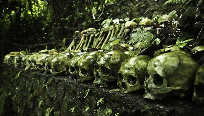 Tulang belulang yang ada di Desa Trunyan / .bp.blosgspot