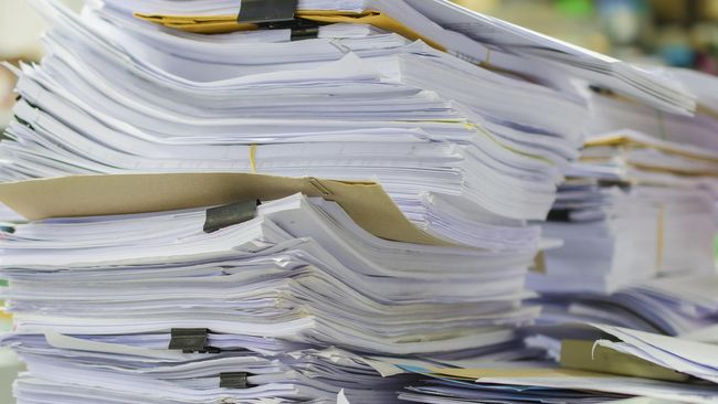 Tumpukan Kertas © Cnnindonesia.com