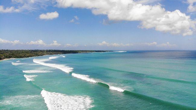 Gambar 5. Pantai Palengkung