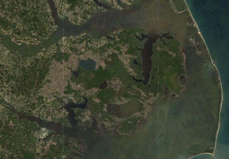 Gambar 3 Hutan Hantu terlihat dari angkasa